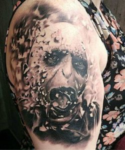 little-savage-tattoo-shop-artist-Daniel-Walker-IMG_127